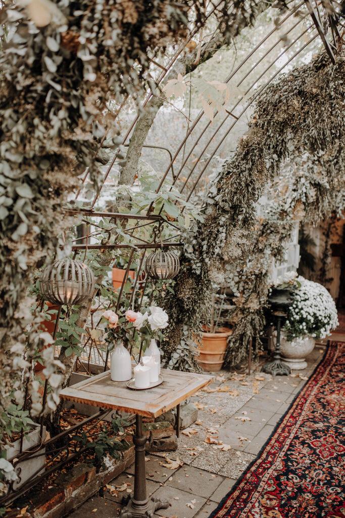 Hochzeitslocation in Blumenbogen